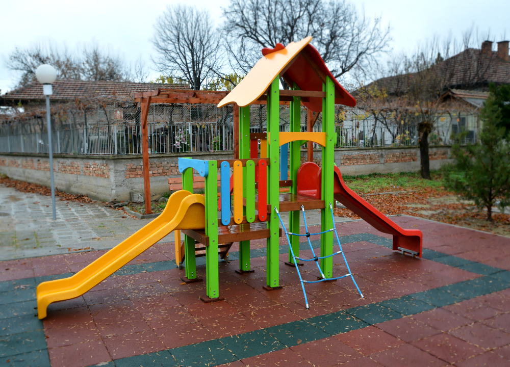 Combined children play facility, Д04-1 model