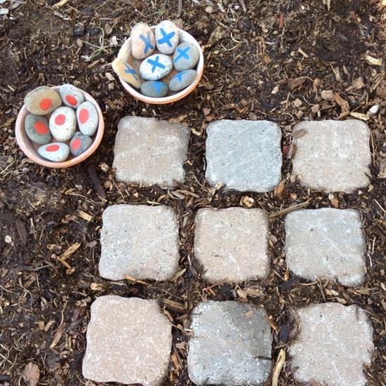 Marine chess in the garden