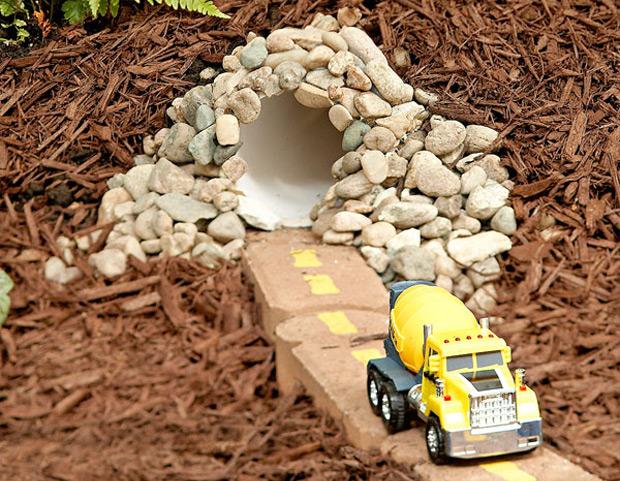 Children car tunnel