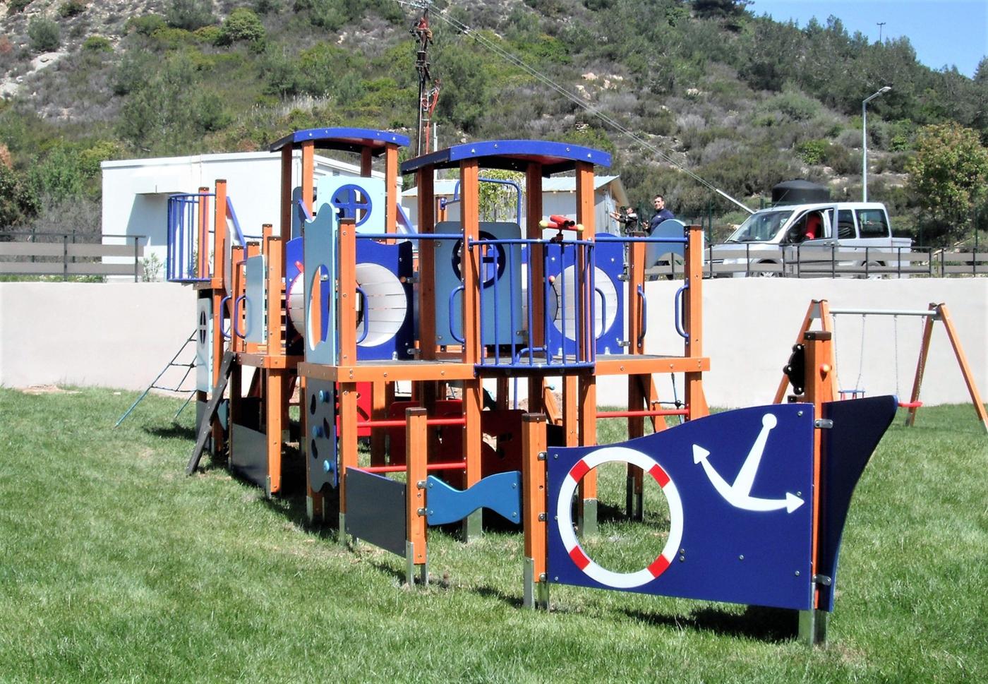 Снимка на продукта: Комбинирано детско съоръжение, модел КД26